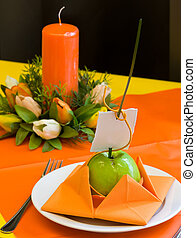 Decoration - Decorated wedding table. Green apple with name...