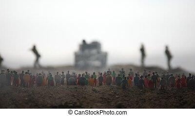 decoration., gepanzert, mensenmassa, bang, brandpunt, soldaten, gevangengenemenene, concept., hemel, terwijl, achtergrond., mist, oorlog, beweging, selectief, kunstwerk, wereld, vijand, watching., voertuigen, silhouettes, militair