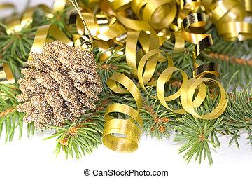 Decorative pine cone