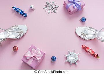 decorativo, cor-de-rosa, presente, apartamento, arco, árvore, caixa, fita, composição, toys., configuração, fundo, sandálias, snowflake, prata, natal