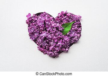decorativo, corazón, hecho, de, lila, flores