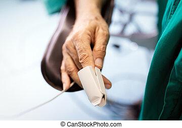 dedo, cirugía, oximeter pulso, controlar, durante, paciente