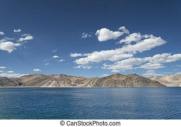 Deep blue mountain lake in Himalaya