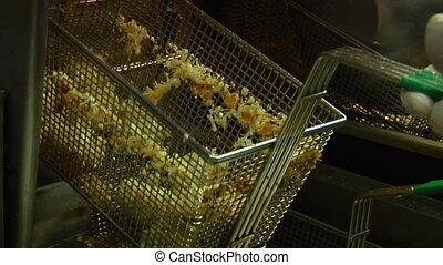 deep fryer basket
