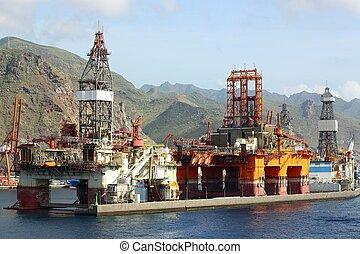 oil rigs in port