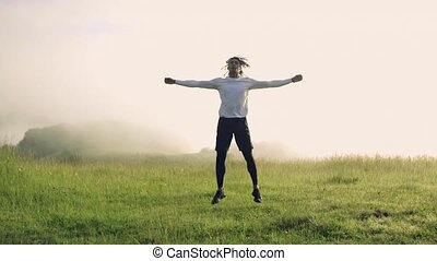 dehors, exercice, nature., race mélangée, pré, jeune homme