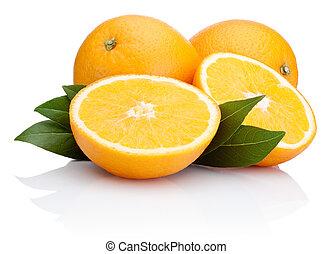 delad, apelsin, frukt, med, bladen, isolerat, vita, bakgrund