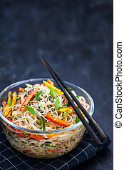 Delicious asian rice glass noodles with vegetables (wok) -...