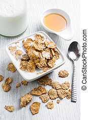 Delicious cereal flakes with milk