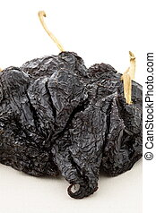 delicious dried chili peppers great for mexican food and fusion cuisine. these chili pods will leave a hot spicy and flavorful sensation to your favorite meals.