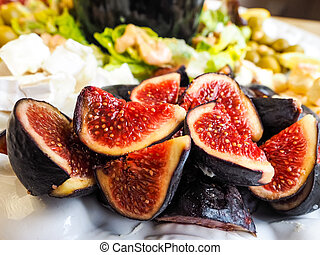 Delicious figs in fruit salad - Delicious ripe figs in fruit...