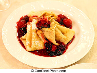 delicious pancakes - delicious sweet pancakes with berries ...