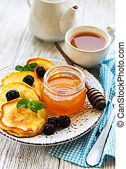 Delicious pancakes with blackberries