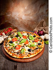 delizioso, fresco, pizza, servito, su, tavola legno
