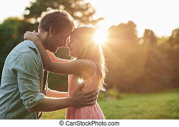 delning, henne, fader, tillsammans, ögonblick, ittle, leende flicka
