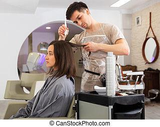 demande, womans, salon, homme, colorant cheveux