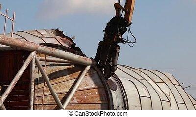 Demolition crane with pulverizer grinder side view