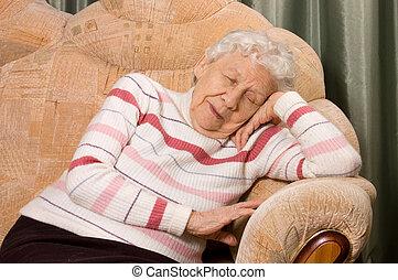 den, äldre kvinna, sova, på, a, soffa