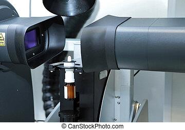 den, arbejder, måle, den, størrelse, i, den, partikler, og, nedgange, i, den, spray., farmaceutisk industri, og, laboratory., måling, i, partikel, størrelse, hos, en, laser., malvern, spraytec., sprøjte, by, den, nose., produktion, i, farmaceutisk, sprøjte