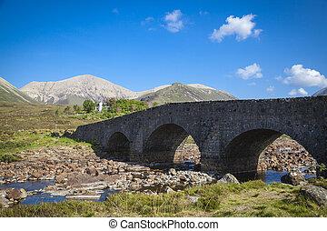 den, gammel bro, hos, sligachan, på, den, skye ø, scotland