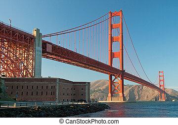 den, gylden låge bro, ind, san francisco, during, den, solnedgang