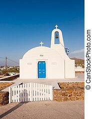 den, klassisk, vit, kyrka, på, den, ö, av, mykonos., greece.