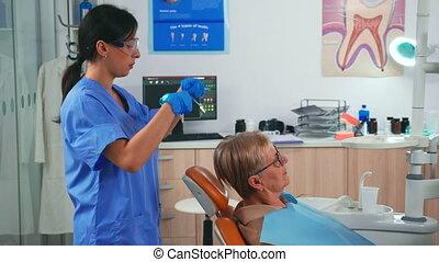 dentaire, bavette, patient, arrangement, préparer, infirmière