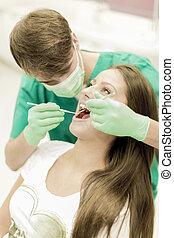 dentiste, femme, jeune