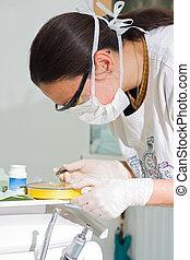 dentiste, travail