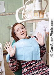 dentiste, visite, jeune fille, effrayé