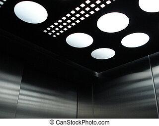 dentro, elevador