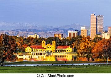 denver, contorno, en, otoño, de, parque de la ciudad