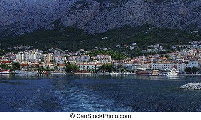 Departure from Makarska - The departure from Makarska port...