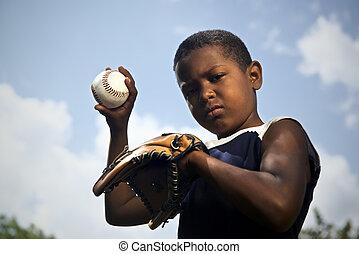 deporte, beisball, y, niños, retrato, de, niño, lanzamiento, pelota