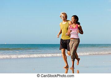 deporte, pareja, jogging, en la playa