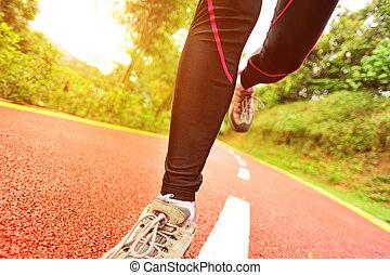 deportes, piernas, corriente, en, rastro