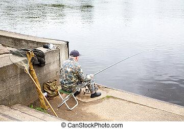 der, älterer mann, fische