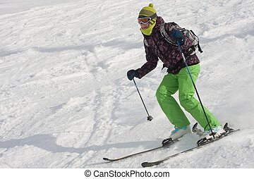 der, frau, gleichfalls, ski fahrend, an, a, fahren ski...