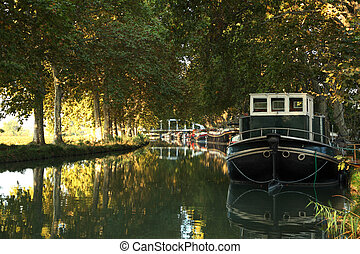 der, kanal-du-midi, in, beziers, südlich, frankreich