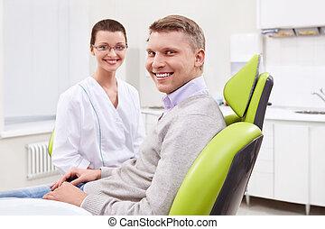 der, patient, an, der, zahnarzt