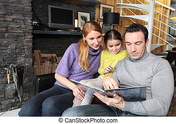 deras, berättelse, läsning, dotter, föräldrar