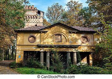 Derelict building in Parco di Monza