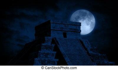 derrière, entiers, temple, aztèque, lune