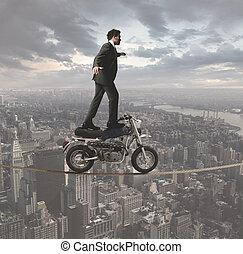 desafios, homem negócios, acrobático