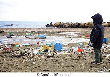 desastre, mirar, ecológico, niño, playa, contaminación