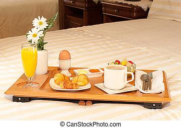 desayuno, en, bandeja, en, la, cama