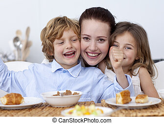 desayuno, teniendo, familia , feliz