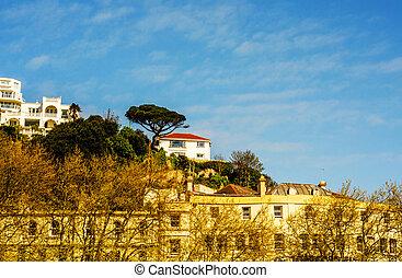 descente, intéressant, maisons, colline verte, rocher, usines, colline, falaise