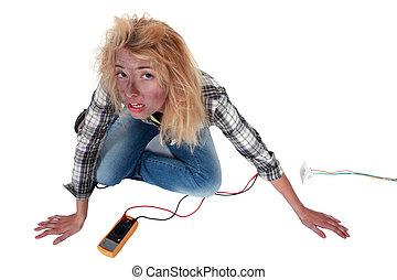 descuidado, mulher, eletricista