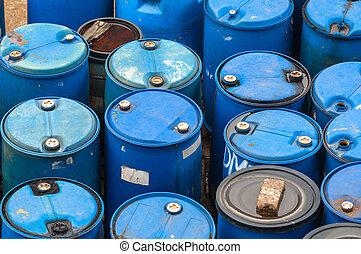 desecho químico, basurero, con, mucho, de, barriles
